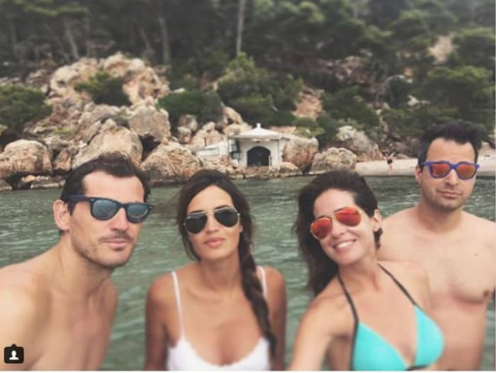 Sara Carbonero e Iker Casillas con Isabel Jiménez y Álex Cruz en Menorca