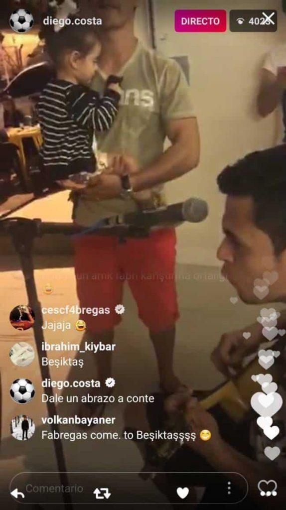 Intercambio de mensajes entre Cesc Fábregas y Diego Costa