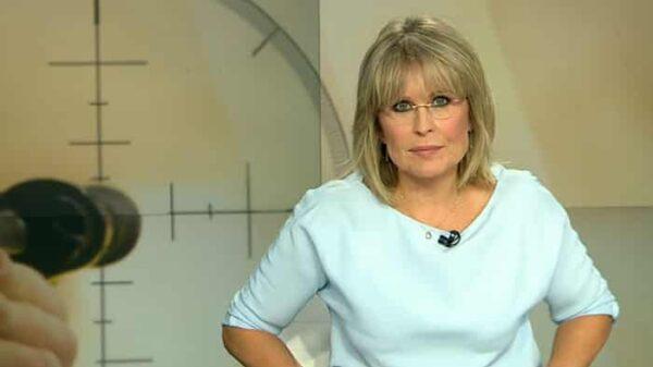 María Rey presentando las Noticias de Antena 3