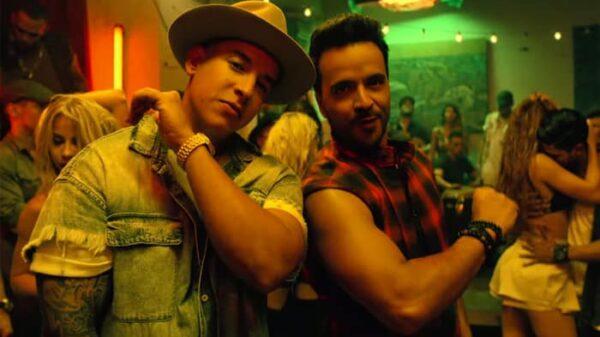 Luis Fonsi y Daddy Yankee en un momento del vídeo de 'Despacito'