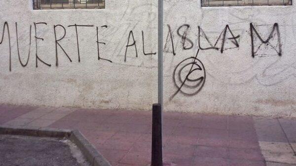 Pintadas contra el Islam