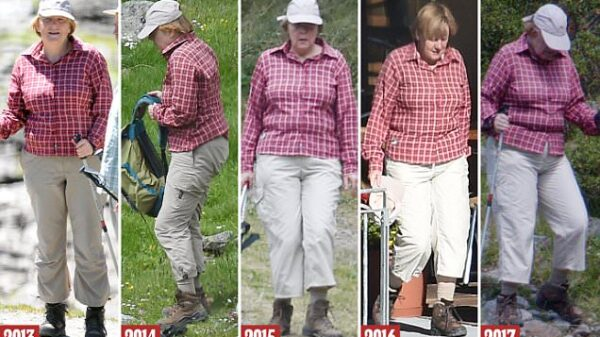 Angela Merkel, con la misma ropa en sus vacaciones durante cinco años seguidos