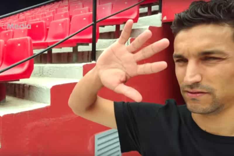 Jesús Navas en el vídeo del Sevilla para anunciar su fichaje