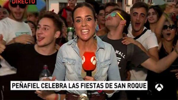 La reportera Silvia González en Peñafiel