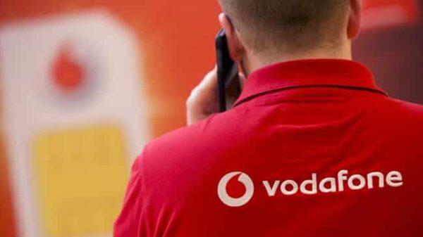 Una imagen de un trabajador de Vodafone