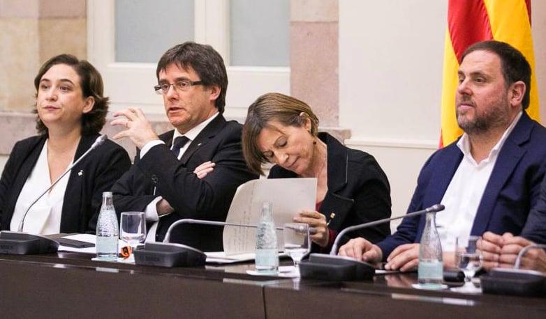 Resultado de imagen de Carme Forcadell Y Rajoy