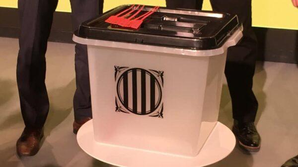 La urna que ha presentado este viernes la Generalitat para el referéndum del 1-O