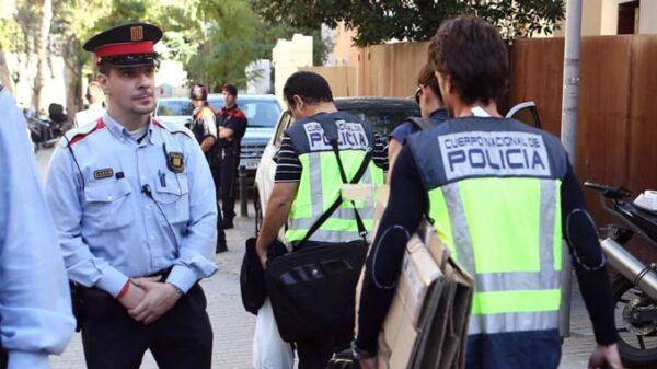 Mossos y Policía Nacional