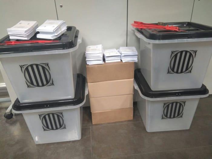 Las urnas incautadas por la Policía y Guardia Civil