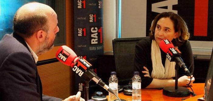 Ada Colau en una entrevista para Rac 1