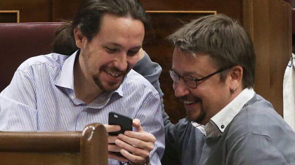 Pablo Iglesias y Xavier Domènech en el Congreso