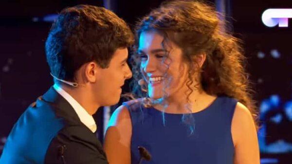 Alfred y Amaia durante su actuación