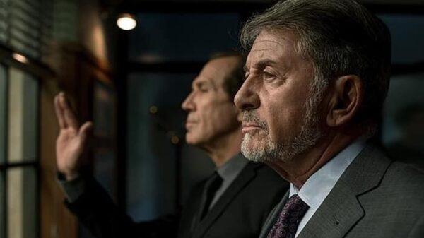 'Salvador Martí' en 'El Ministerio del Tiempo' con 'Ernesto'
