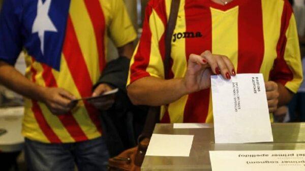Una mesa electoral en Cataluña