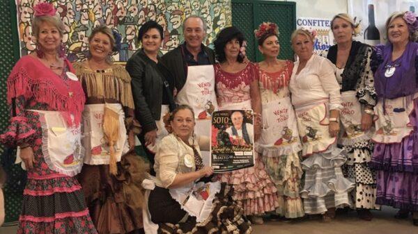 José Manuel Soto con los rostros destacados de la Venta del Toro