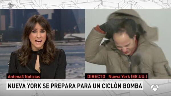 El corresponsal José Ángel Abad, de Antena 3