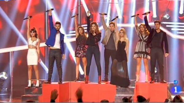 Momento de la canción grupal de la gala 10 de 'OT'