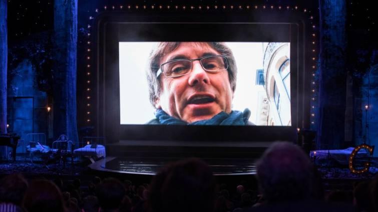 Carles Puigdemont participa en un video en la gala de los X Premios Gaudí