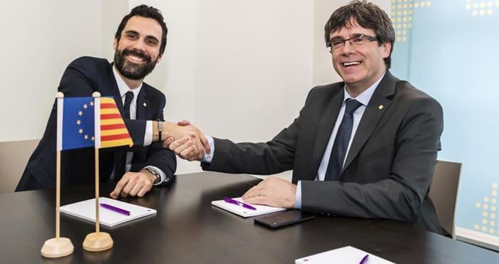 Puigdemont y Torrent durante una reunión