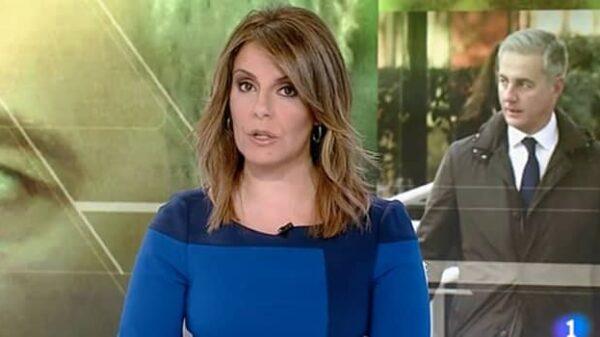 Pilar Muñiz al frente del Telediario