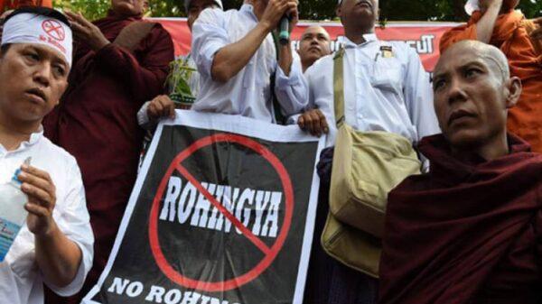 Miembros de los rohingya