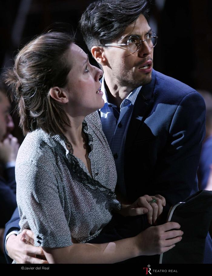 La soprano Mary Bevan ('Rose Maurrant') y el tenor Joel Prieto ('Sam Kaplan')