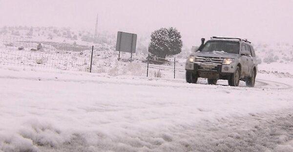 Nieve en una de las carreteras españolas