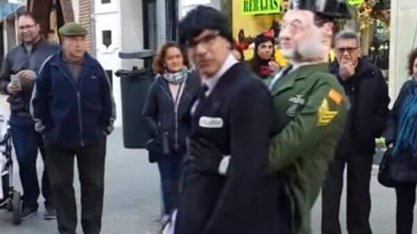 El disfraz de Puigdemont detenido