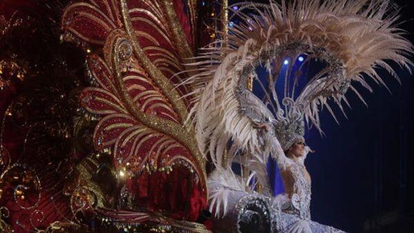 Carmen Laura Lourido, reina del Carnaval de Tenerife