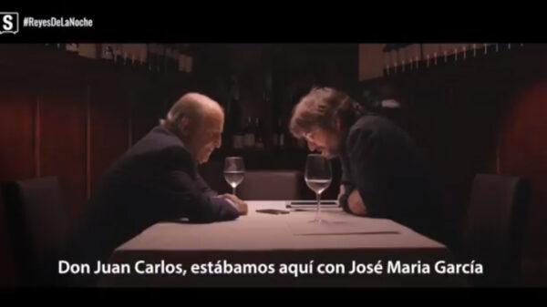 Jordi Évole con José María Garcia hablando con el Rey Juan Carlos