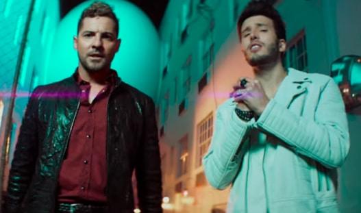 David Bisbal y Sebastián Yatra en el videoclip