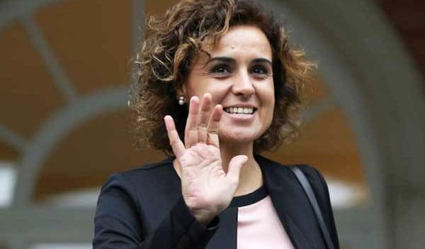 La ministra de de Sanidad, Servicios Sociales e Igualdad, Dolors Montserrat