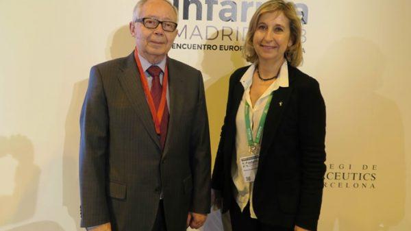 Julio Sánchez-Fierro, vicepresidente de la Asociación Española de Derecho Sanitario; y Núria Bosch Sagrera, vicepresidenta del Colegio de Farmacéuticos de Barcelona
