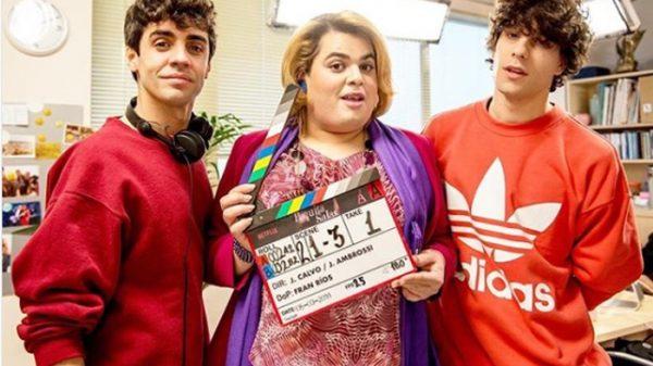 Los 'Javis' con Brays Efe, protagonista de 'Paquita Salas'