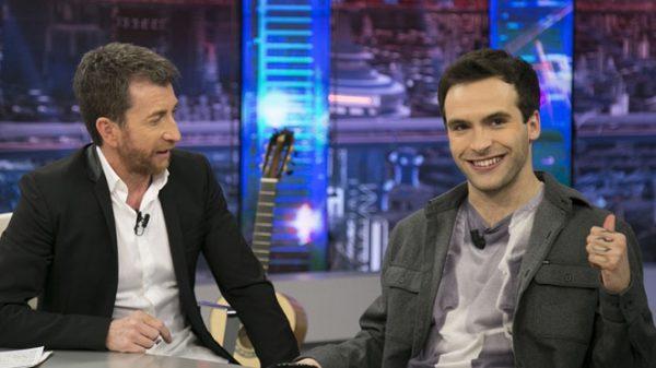 Ricardo Gómez con Pablo Motos en 'El Hormiguero'