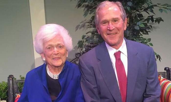 George W. Bush y su madre, Barbara