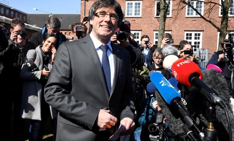 Carles Puigdemont a la salida de la cárcel