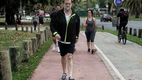 Mariano Rajoy durante una caminata en Argentina