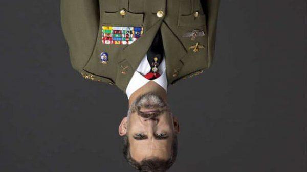 Foto del Rey boca abajo que están publicando en Twitter algunos CDR