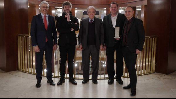 De izquierda a derecha: Ignacio García Belenguer (director general), Pablo Heras-Casado (principal director invitado), Gregorio Marañón (presidente), Ivor Bolton (director musical) y Joan Matabosch (director artístico).