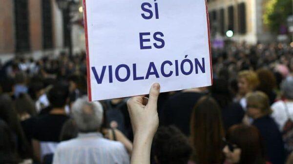 Pancarta en una de las protestas por la sentencia a La Manada