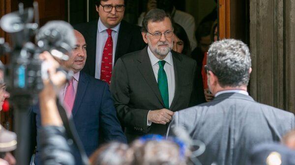 Mariano Rajoy saliendo del Congreso
