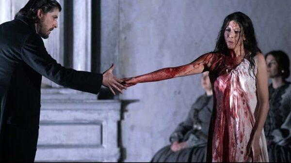 Roberto Tagliavini (bajo, Raimondo Bidebent) y Lisette Oropesa (soprano, Lucia de Lammermoor)