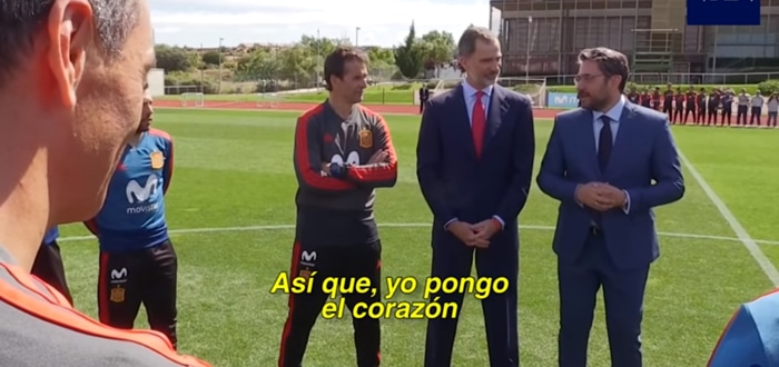 Màxim Huerta despidiendo a la selección junto al Rey