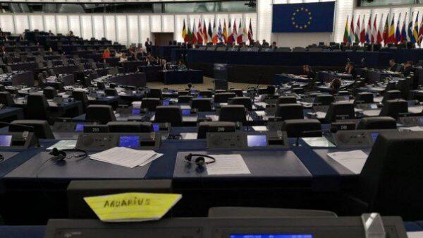Más del 90% de la Eurocámara se ausenta durante el debate sobre el Aquarius