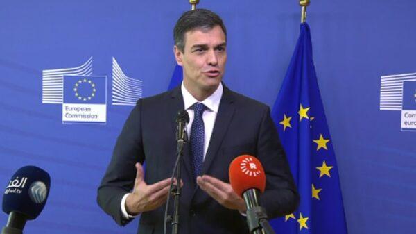 Pedro Sánchez respondiendo en inglés