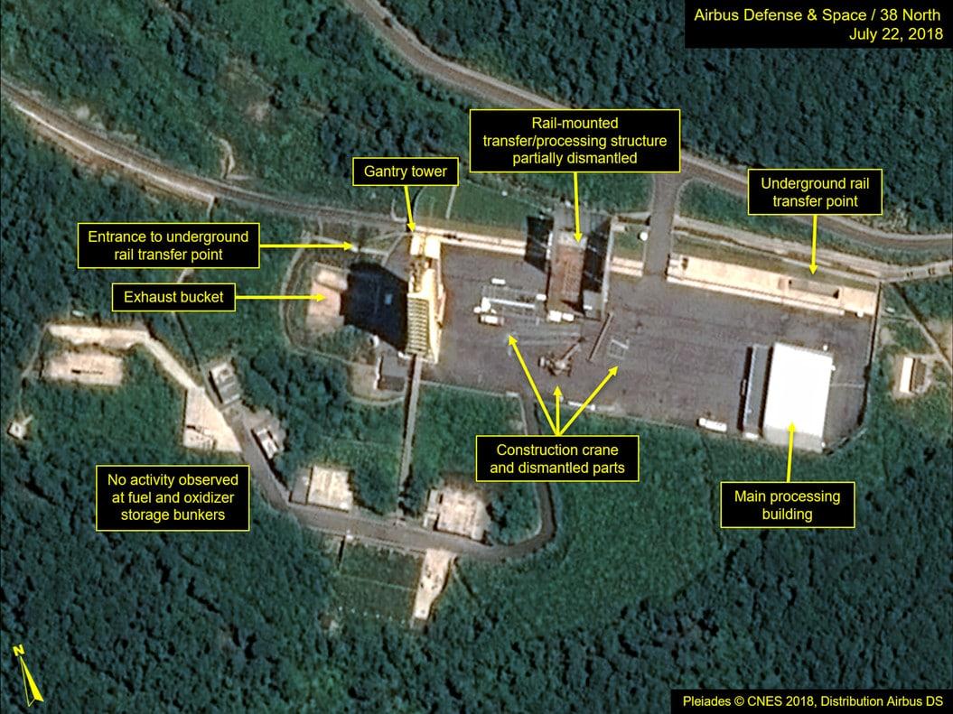 mágenes de satélite que muestran el desmantelamiento de la base de Sohae (AP)