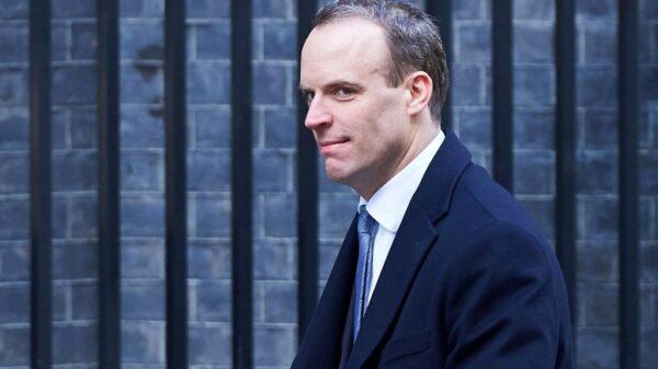 Dominic Raab, nuevo ministro británico para el Brexit