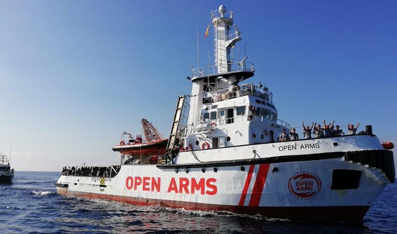 El Open Arms a su llegada a Barcelona
