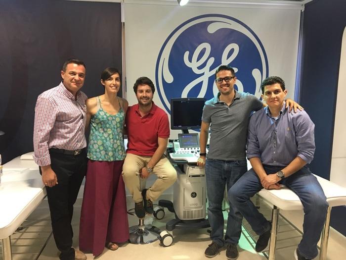 El Dr. Short (centro) y los doctores José Felix Martínez, Pavón (izda), Rodríguez Lezma y Vázquez (dcha)